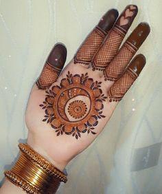 Palm Mehndi Design, Floral Henna Designs, Finger Henna Designs, Mehndi Designs For Girls, Stylish Mehndi Designs, Mehndi Designs For Beginners, Dulhan Mehndi Designs, Mehndi Design Pictures, Wedding Mehndi Designs
