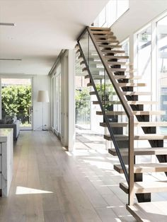 Modern Staircase Design Ideas - Stairways are so usual that you don't give them a reservation. Check out best 10 instances of modern staircase that are as sensational as they are . Staircase Design Modern, Modern Stair Railing, Contemporary Stairs, Modern Design, Stair Design, Modern Art, Steel Stairs Design, Railing Design, Open Staircase