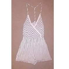 Striped romper/playsuit Worn once. Button closure in front. Fit xs/s Other