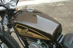 FTR223 カスタムバイク エフティーアールのコンプリート車両をご紹介。ストリートカスタムのご相談は【イージーライダース】