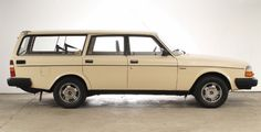 #PERFECT volvo 245 #beige