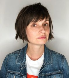Considering an Inverted Bob with Bangs? Here are 22 Cute Ideas The 13 Trendiest French Bob Haircuts You'll Want to Try Fringe Haircut, Bob Haircut With Bangs, Choppy Bob Hairstyles, Short Bob Haircuts, Hairstyles With Bangs, Latest Hairstyles, Japanese Hairstyles, Korean Hairstyles, Asian Hairstyles