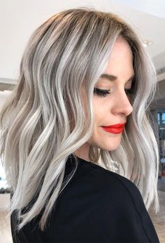 The Breathtaking Ash Blonde Hair Gallery: 24 Trendy And Cool-Toned Ideas For Everyone ★ Ash blonde hair color is the most requested trend today! Cool Toned Blonde Hair, Grey Blonde Hair, Ash Blonde Balayage, Blonde Hair Looks, Toning Blonde Hair, Long Bob Balayage, Long Bob Haircuts, Hairstyles Haircuts, Blonde Long Bob Hairstyles