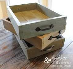 Doodles & Stitches: DIY Wooden Casserole Tray