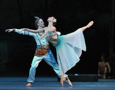 Nikiya and Solor (Ekaterina Kondaurova, Denis Matvienko )  Copyright:© Dave Morgan
