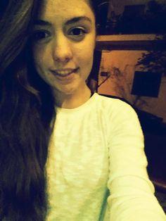 Δεν με έχεις δει πως χαμογελάω όταν μιλάω για σένα ενώ δεν είσαι εκεί...
