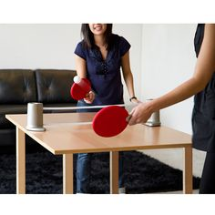 A portable net, adjustable paddles and two ping pong balls comes in a drawstring pouch for easy travel and storage. Net expands up to six feet.