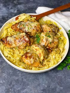 Rice Pasta, Recipes From Heaven, I Foods, New Recipes, Pesto, Spaghetti, Food And Drink, Low Carb, Dishes
