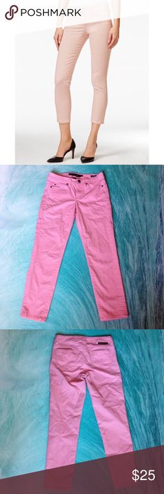 """🌷Calvin Klein Jeans🌷Skinny Crop🌷Pink💕 🌷Calvin Klein Jeans🌷Skinny Crop🌷Pink💕Size 2🌷Inseam 24 1/2🌷Waist 28""""🌷 💕 Calvin Klein Jeans Jeans Ankle & Cropped"""