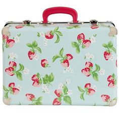Stand out from the crowd with our sweet Strawberry print suitcase. Just the right size for summer trips and weekends away, kids will be the setting the trend with this lovely little number! It makes a great storage solution in kids' bedrooms too. Completed with carry handle and protective metal edging. Also available in our quirky Guards print.