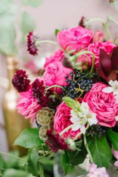 Berry tones: http://www.stylemepretty.com/little-black-book-blog/2014/11/21/romantic-oxon-hill-manor-navy-wedding/ | Photography: Natalie Franke - http://www.nataliefranke.com/