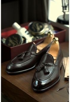 Carmina Uetam 80289 Calf Brown Tassel Loafer