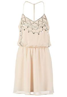 Leichtes Kleid für schöne Looks. Even&Odd Freizeitkleid - rose für 31,95 € (06.08.16) versandkostenfrei bei Zalando bestellen.