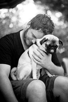 Chris Pratt gets his cuddle on.