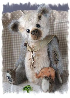 VICTOR by By Brimbin Forest Bears | Bear Pile