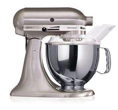 """KitchenAid Artisan Robot de Cozinha – Niquel escovada. ♥ """"A personalidade de um cozinheiro expressa-se na criação de sensuais experiências culinárias que englobam todos os sentidos, incluído a visão. A KitchenAid considera as suas batedeiras como uma extensão criativa das mãos do cozinheiro, proporcionando um óptimo controlo a nível profissional. Esta Batedeira Artisan™ Chefe Tilt é tudo isso e tem um design icônico."""""""