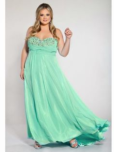 Green Prom Dress - Plus Size Prom Dresses - Seventeen Wedding Dresses Plus Size, Plus Size Dresses, Plus Size Outfits, Wedding Gowns, Wedding Bells, Chiffon Skirt, Dress Skirt, Chiffon Shawl, Curvy Fashion