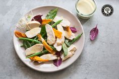 A great crunchy, fresh and tasty chicken and mango salad for lazy summer days.