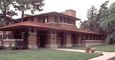 Prairie Style Architecture | Was the Craftsman Bungalow the only popular house style at this time?