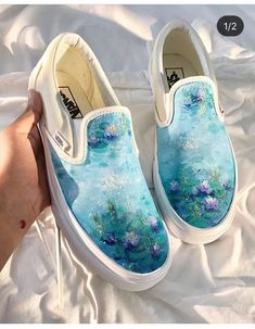 wayyyy too many people have reposted my art here so i thought i should do it too because well i painted this haha Painted Canvas Shoes, Custom Painted Shoes, Painted Sneakers, Hand Painted Shoes, Painted Vans, Vans Shoes Fashion, Custom Vans Shoes, Sneakers Mode, Shoe Art