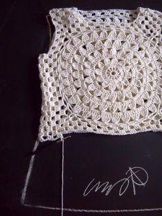 VMSomⒶ KOPPA: White flower circle T-Shirt - variation