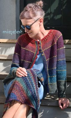 Heart on a String hat – Free Pattern – Interests Fair Isle Knitting, Hand Knitting, Creative Knitting, Knitted Coat, Cardigan Pattern, Crochet Fashion, Knitting Designs, Knitwear, Knitting Patterns