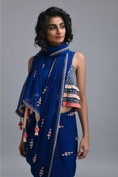 Moroccan Blue Chiffon Saree - Welcome to our website, We hope you are satisfied with the content we offer. Saree Gown, Chiffon Saree, Khadi Saree, Cotton Saree, Saree Draping Styles, Saree Styles, Look Fashion, Indian Fashion, Fashion Outfits