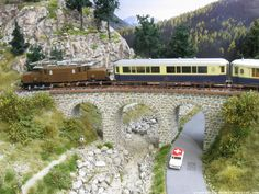 European HO Layout. It amazes me how much detail their is in this beautiful…
