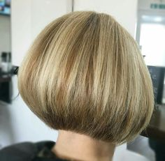 I just love bobs there so cute only sissy like me like bobs there so cute i have a bob cut my self i just love it iam afag.