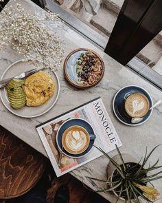Cappuccino Coffee, Coffee Love, Coffee Shop, Coffee Drinks, Coffee Cups, Coffee Coffee, Aesthetic Coffee, Coffee Photography, Morning Coffee
