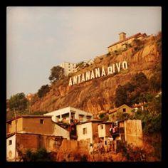 Photos à Antananarivo - Ville Starting From The Bottom, Ares, Top Destinations, Travel Around, Habitats, Mount Rushmore, Photos, Africa, Island