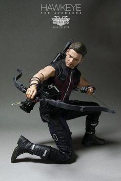 Hot Toys HawkEye – Action Figure Gavião Arqueiro |