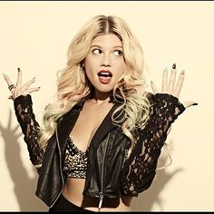Chanel West Coast: white rapper with killer fashion sense...everything I aspire to be ;)