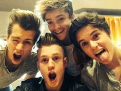 how can you not love them lets be serious here...Tristan hair awwwwww