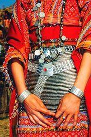 Burmese jewellery and dress