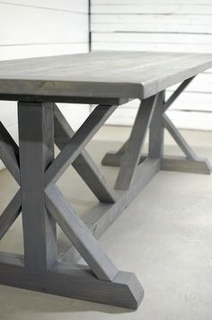 40 cool diy projects to deck out 16 Dining Table In Kitchen, Patio Table, Garden Table, Trestle Table, Wood Table, Furniture Projects, Diy Furniture, Grey Wood Furniture, Furniture Stores