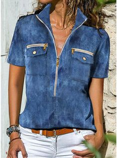 Look Con Short, Blouses For Women, T Shirts For Women, Blue Blouse, Short Sleeve Blouse, Types Of Sleeves, Casual Outfits, Women's Casual, Fashion Blouses