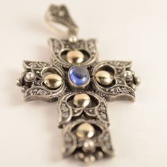 Vintage Lily Flower Large CROSS Silver & Gold with Synthetic Cabochon Stone Stone Jewelry, Vintage Rings, Vintage Antiques, Antique Jewelry, Jewelry Watches, Lily, Brooch, Sterling Silver, Crosses