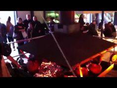 Tijdens het door Cultuurbedrijf geproduceerde festival menu2010 verzorgde Andre Amaro samen met slager Toine Schreinemachers het buffet: in portugese potten op een groot vuur werden de meest verrukkelijke maaltijden bereid!