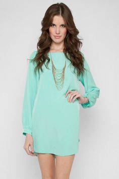 mint shift dress and gold necklace, Perfect! Cute Dresses, Cute Outfits, Vestidos Retro, Lady, Mint Dress, Mint Skirt, Green Dress, Bleu Turquoise, Aqua Blue