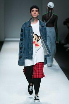 Male Fashion Trends: Hui by eran Hui Spring-Summer 2018 - Shanghai Fashion Week