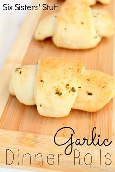 Garlic Dinner Rolls Recipe from SixSistersStuff.com