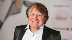 Nachricht:  Musikwettbewerb: Moderator Peter Urban kommentiert seit 20 Jahren den ESC - http://ift.tt/2qF2568