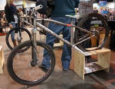 Generic Cycles, dirt jumper Dreams are made of. Dirt Jumper, Bmx Dirt, Hell On Wheels, Cool Bikes, Mtb, Mountain Biking, Cycling, How To Look Better, Emerald Green