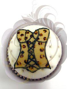 Caketutes Cake Designer - Bridal Shower Cupcake - Animal Print Cupcake - Lingerie Cupcake
