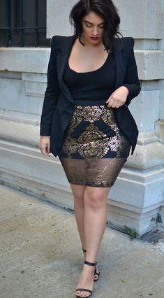 Curvy fashion: idee look (super fashion) per le curvy Curvy Girl Fashion, Look Fashion, Plus Fashion, Fashion Tips, Fashion Fall, Fashion Night, Womens Fashion, Curvy Girl Outfits, Fashion Skirts