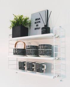 String Pocket -hylly kruunaa keittiön Interior Inspiration, Shelves, Home Decor, Shelving, Decoration Home, Room Decor, Shelf, Planks, Interior Decorating