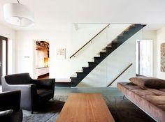black-staircase-design-glass-wall - Home Decorating Trends - Homedit Black Staircase, Modern Staircase, Staircase Walls, Staircase Contemporary, Stair Banister, Contemporary Bathrooms, Staircases, Stairs Architecture, Interior Architecture