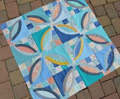 Bikini: One Pattern, Three Quilts (Color Girl Quilts by Sharon McConnell)