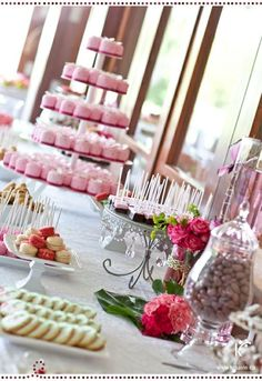 Sweet sixteen - and there are macarons on the table, my favorite!